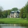Queen's Park Golf Club Myšteves - 2 dny, 2x green fee 18 jamek, 1 noc se snídaní, neomezený trénink = 1350 Kč
