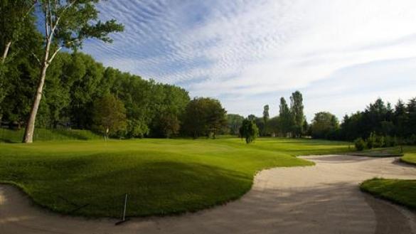 Balík dětských golfových lekcí 8x 60min se zkušeným profesionálem Radkem Wagnerem v Praze-Hodkovičkách + varianta pro dospělé!