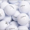 Titleist Pro V1 s obnoveným lakem se slevou 40%. 10 ks míčků za 360 Kč.