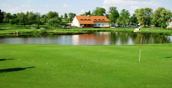 Golf Alfrédov - green fee 18 jamek s obědem jen za 620 Kč